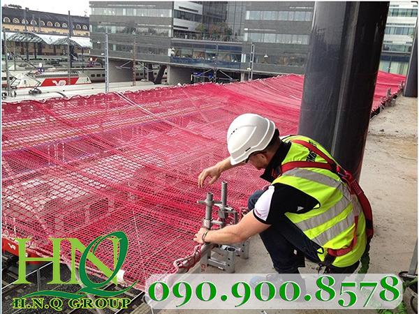 Lưới an toàn bảo hộ lao động cho công trình